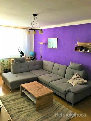 *Remarco* ponúka na predaj zariadený 3 - izbový byt s balkónom a výhľadom na mesto Galanta - Sever - obrázok