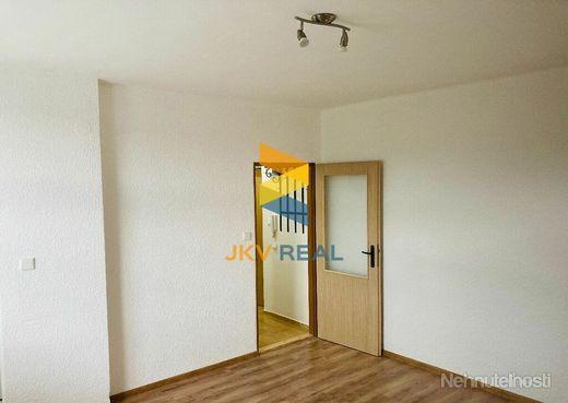 JKV REAL ponúka na predaj 1i byt na ulici M. R. Štefánika v Novákoch - obrázok