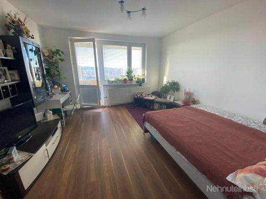 Predaj 3 izbový byt, Bratislava - Petržalka, Rovniankova ulica - obrázok