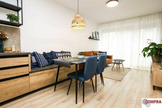2 izb. luxusný byt v Dunajskej Lužnej s garážou - obrázok