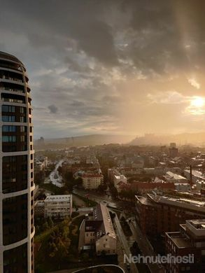 Nádherný 2-izbový byt s výhľadom na hrad na 23.poschodí v projekte SKY PARK - obrázok
