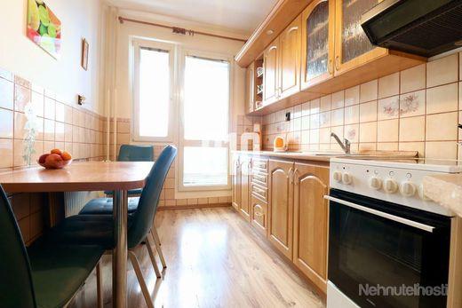 Exkluzívne na predaj 3 izbový byt, Ladce - obrázok