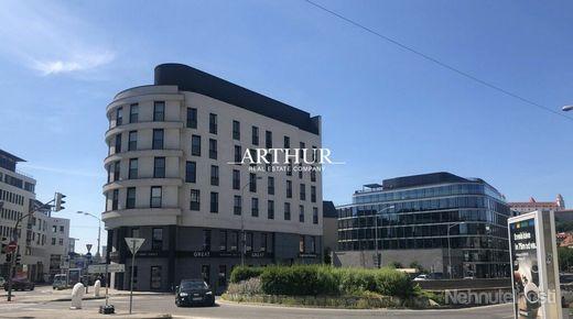 ARTHUR - Komerčné priestory v novostavbe na predaj