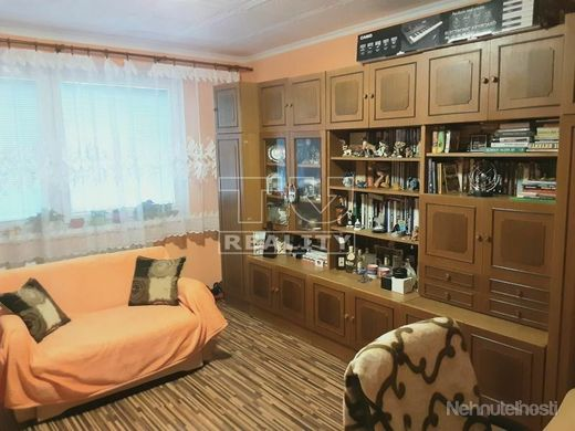 ÚPLNÁ REKONŠTRUKCIA: Na predaj vkusný čistý 3 izbový byt v tichej lokalite priamo v Leviciach,78,57  - obrázok