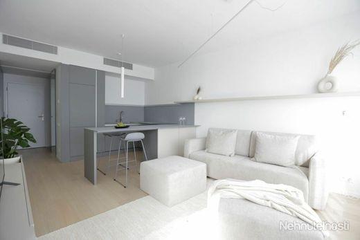 Moderný - kompletne zariadený 2-izbový byt v rezidencii SKY PARK - obrázok