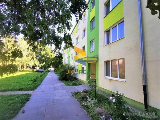 Na predaj 3-izbový byt na Lipovej ulici v Piešťanoch - obrázok