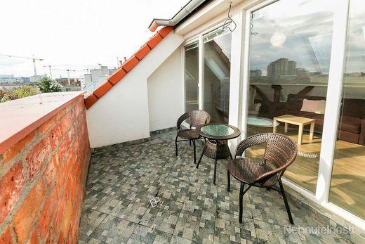 2izbový byt v novej nadstavbe s terasou na Nivách - obrázok