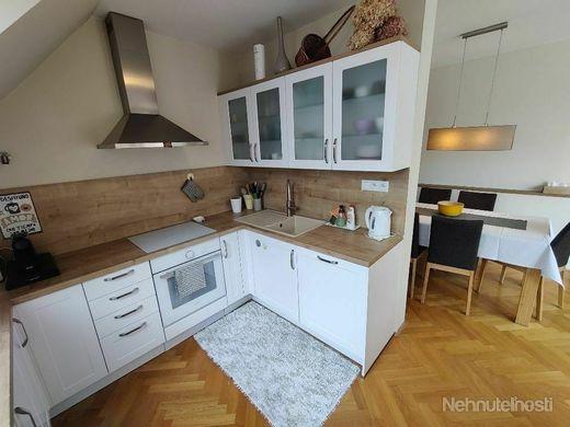 NOVOSTAVBA  5  izb. MEZONETOVÉHO BYTU na KVP (Klimkovičova ul.), 177.63 m2, 2 x TERASA, 2  x KÚPEĽŇA - obrázok