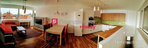 Prenájom exkluzívny 4-izbový mezonetový byt v lokalite Slavín / Horský park, s panoramatickým výhľad