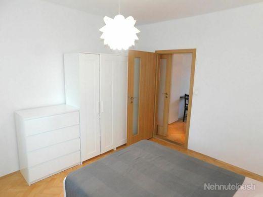 Príjemný tichý byt v tehlovom dome na Štrkovci, zrekonštruovaný, zariadený, ihneď voľný - obrázok
