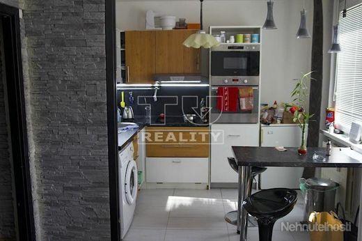 Na predaj je 1 izbový byt v Košútoch s loggiou - obrázok