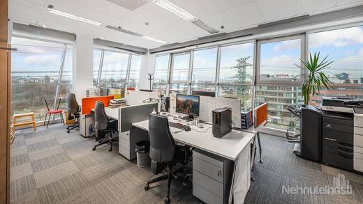 GALVANIHO - kancelárske priestory 750 m2 - Ružinov