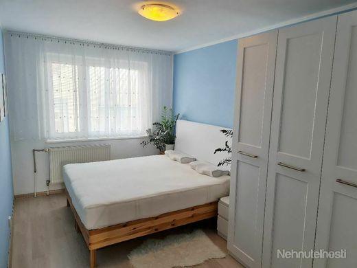 Veľký zariadený 4 izbový byt po kompletnej modernizácií - obrázok