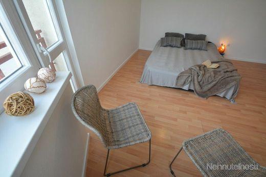 TRNAVA REALITY predáva 1-izbový byt na Koniarekovej ul. s parkovacím státím