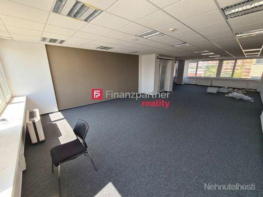 Prenájom kancelárie 89m2 BA-Nové Mesto blízko centra