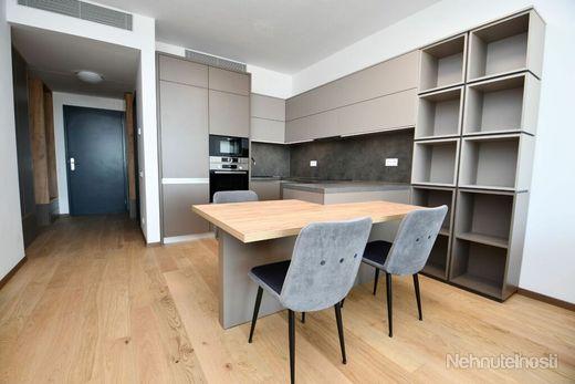 Occam New Home Vám exkluzívne ponúka na prenájom nádherný 2-izbový byt v Sky Parku