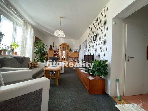 2-izbový byt na predaj na rohu medzi Štúrovou a ulicou Janka Kráľa - obrázok