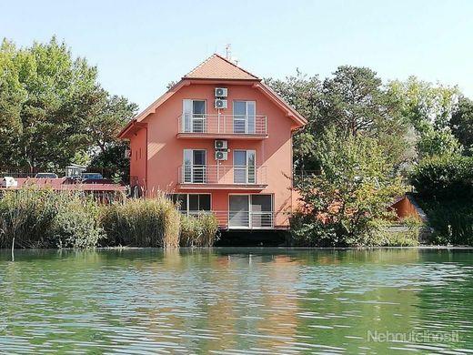 Apartmán na jazere pri Thermalparku v Dunajskej Strede - obrázok