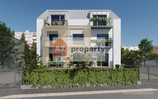 Ponúkame na predaj 3 izbový byt s predzáhradkou a balkónom v novostavbe na Železničnej ulici - obrázok