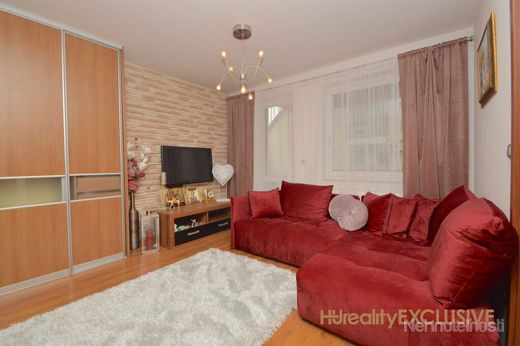 EXKLUZÍVNE - Predaj 2,5i byt s 7 m2 balkónom - Rajka - obrázok