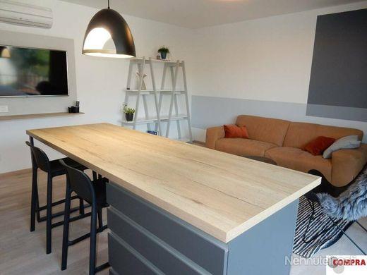 Krásny, dizajnovo zariadený 2 izb. byt s garážou v Rezidencii Sokolská - obrázok