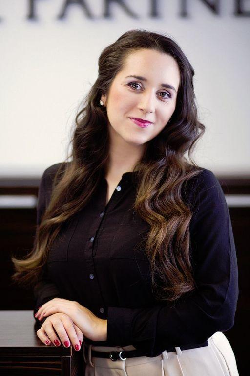 Scarlett Virágová