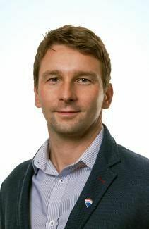 Knaperek Miroslav