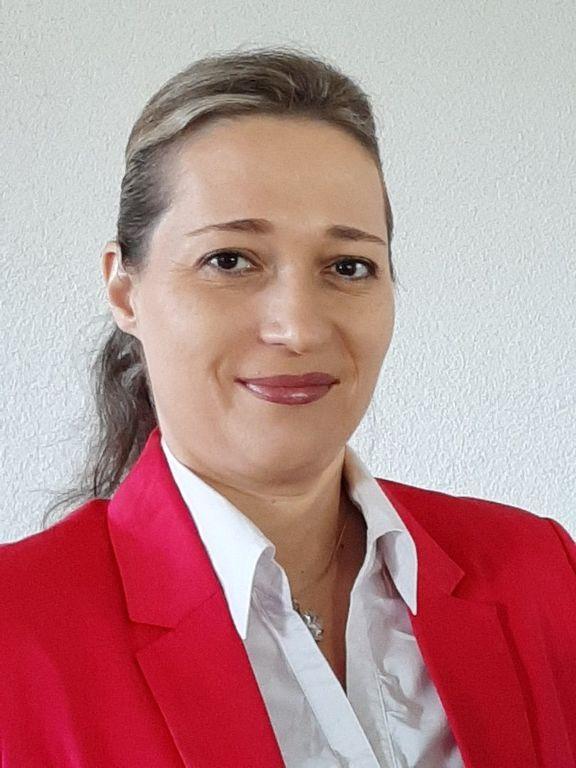 Mgr. Erika Šrojtová